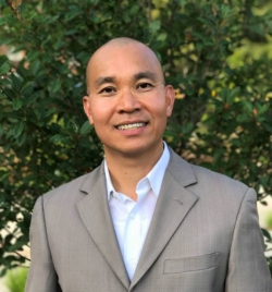 Asian Studies Director Dr. Minh Nguyen Receives Inaugural Distinguished Equity A